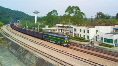 铁路部门:免收到达和离开武汉的火车票退票手续费