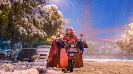 京东宣布春节物流不打烊 300城配送如常