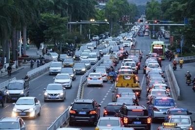 我国机动车保有量达3.25亿辆,机动车驾驶人超4亿