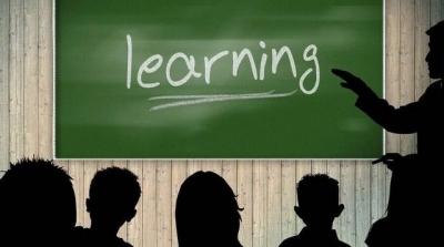 教育部:义务教育阶段直播类培训不得晚于21点