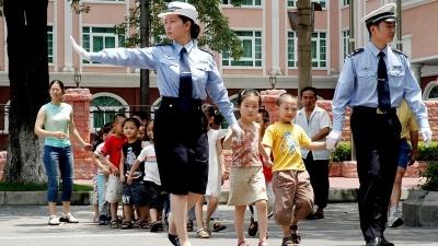 开学第一课,梅州交警给你送上安全小贴士…