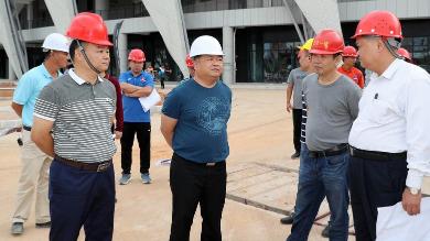 吴晖率队到奥体中心调研:拿出破难攻坚的精神如期完成建设任务