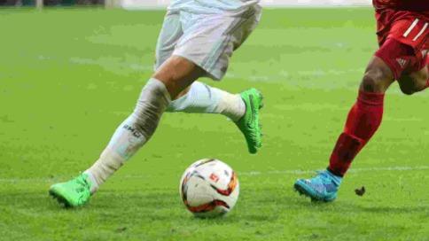 英政府严查足球明星逃税,调查171名球员追回3.3亿英镑