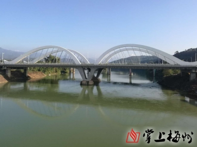 陈敏检查客都大桥建设情况:大桥通起来 工作干起来