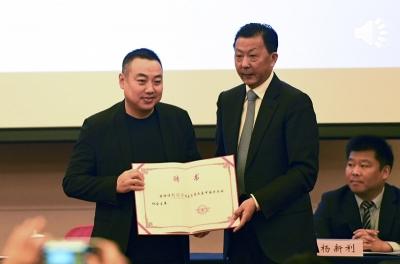 """国乒""""定海神针""""归来,刘国梁全票当选乒协主席"""