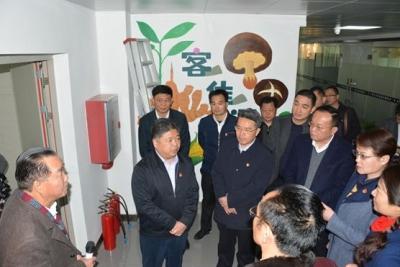 五华县领导开展暖企服务行动:整合资源 提供更多便利和服务