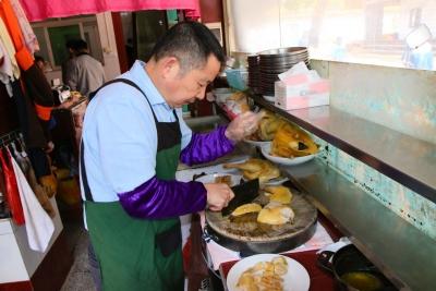 寻访民间客家菜名品|客家白切鸡:传统的烹饪技艺 纯真的家乡味道