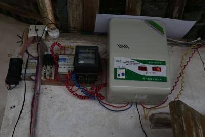 有这么一个村,用电还需要稳压器、恶劣天气手机没信号...