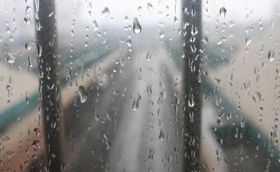 """弱冷空气携雨来梅降温""""解渴"""""""