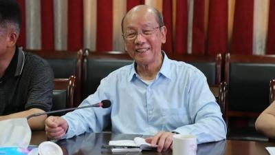 这个中国工程院院士,今天回到梅州的母校