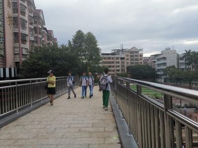 终于等到你!梅县宪梓大道人行天桥正式开放