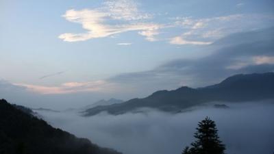 每日一景丨雾锁马图  宛若仙境