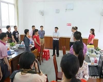 宋才华调研学校思政课建设和高考备考工作