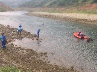 贵州贞丰县一船只发生侧翻,5人死亡13人失联