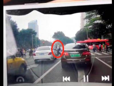 """广州林和中路交通事故被指""""碰瓷""""者回应:事故中膝盖受伤,感谢及时救助"""