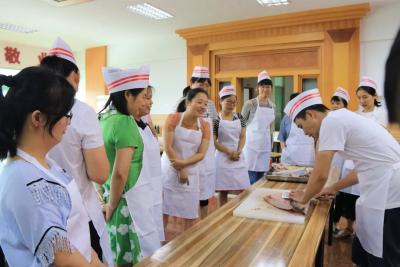 民生沟通丨兴宁技校厨师培训哪些人可以参加?