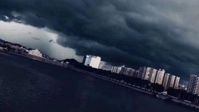 强降雨逼近!22时梅州启动防汛Ⅳ级应急响应