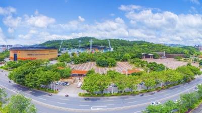 每日一景丨鸟瞰梅县人民广场,感受绿色城市之美