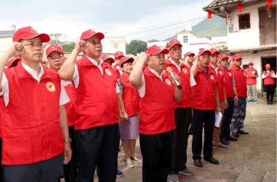 五华举行红雁志愿服务队授旗暨志愿服务主题党日活动