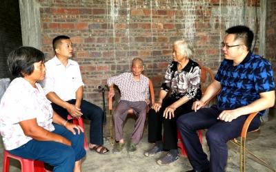 没有哭声也没有骂声…多亏他们!五华樟华村89岁老人搬离危房成功避险