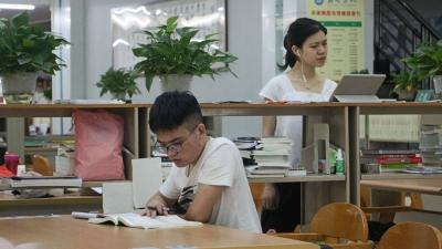 """旅游、考驾照、志愿服务...梅州大学生开启""""充电暑期副本"""""""