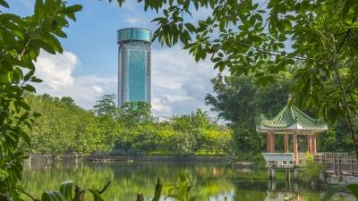每日一景丨梅州文化公园:亭台楼阁掩映 湖光树影相融