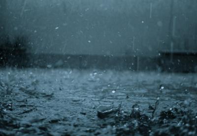 广西强降雨超81万人受灾 紧急转移安置21750人
