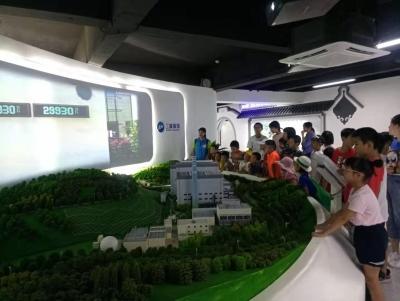 """梅州市关爱青少年""""创文·环保""""科普志愿活动举行"""
