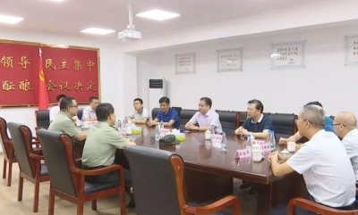 """蕉岭县领导开展""""八一""""拥军慰问活动"""