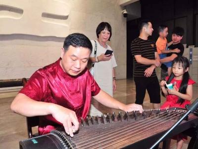 赏灯赏月猜灯谜...这个中秋,中国客家博物馆首次夜晚开放