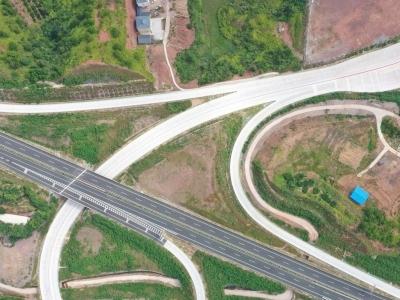 梅平高速通车后,梅州已建成高速公路7条10段603公里...
