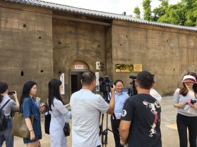 """央视中新社等10多家媒体一起邂逅梅州,叙梅州""""苏区情""""!"""