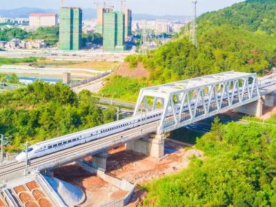 温助民调研梅汕高铁配套设施建设工作:协调加快推进 确保顺利通车