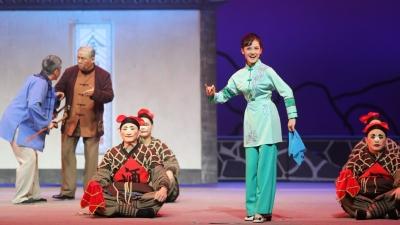 融合客家童谣、说唱...大型广东汉剧《酒乡纪事》今晚首演