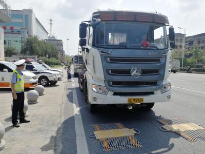 异地用警!梅州交警严查大货车超载超限违法行为