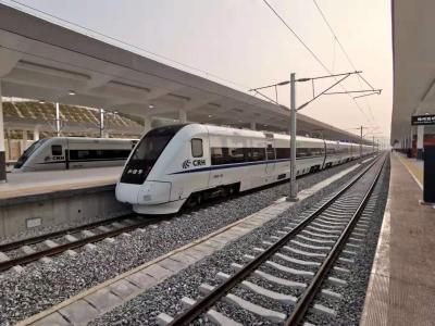 梅州V视丨出发!梅汕高铁梅州西站首趟列车发出