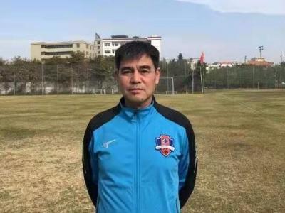 借调期满,梅州客家主帅郑小田下赛季将回归国安