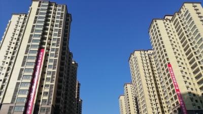 等急了吗?江南新城2111套安置房今天移交梅江区
