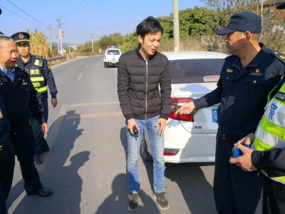 跟踪交警通风报信!梅州一男子被行拘