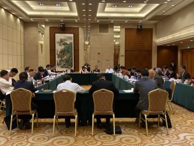 """梅州市省政协委员分组审议""""两个报告"""""""
