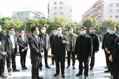 曾永祥、廖茂忠带队检查疫情防控及物资储备保障工作