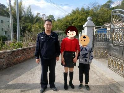 直到五华民警把这小男孩送回家,他的家人才发现他丢了?