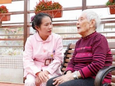 广东暂停居家养老服务机构集中式服务