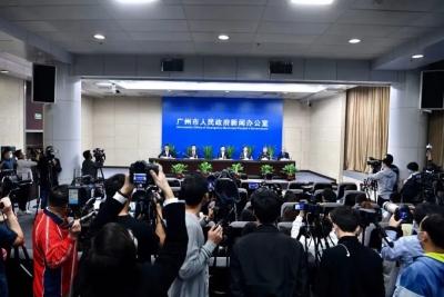 广州防控出现基层防疫人员和群众与非洲裔人员的摩擦