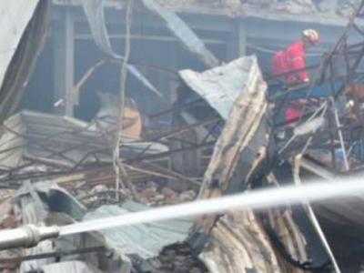 G15沈海高速槽罐车爆炸事故已致19人遇难