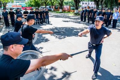 乘风破浪的警察蜀黍!来感受梅州公安的实战练兵