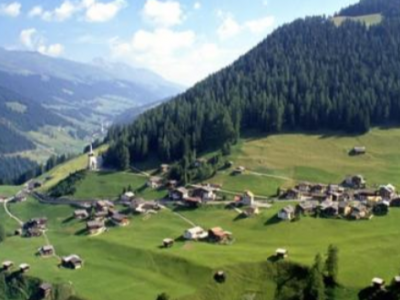 欧洲疫情持续反弹 旅游业困境中谋复苏