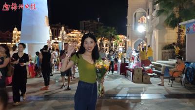 Vlog丨浪漫夜市,旋转飞椅,海盗船.....逛了这里,我的少女心真的被满足了!