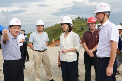 吴晓晖到梅江区、梅县区、兴宁市和五华县督导重点项目建设工作