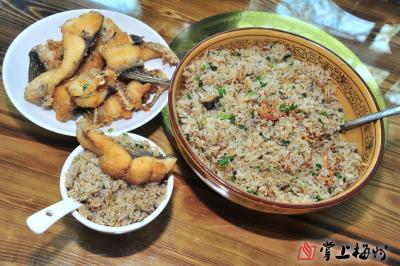 梅江美食丨鱼血焖饭